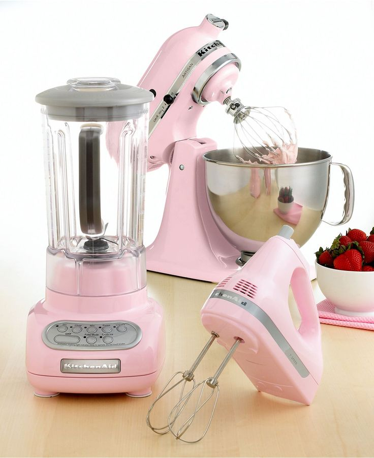 I ♥♥♥ these in pink, but it won't go with my kitchen. I want all of these, with attachments, in green apple ,please.
