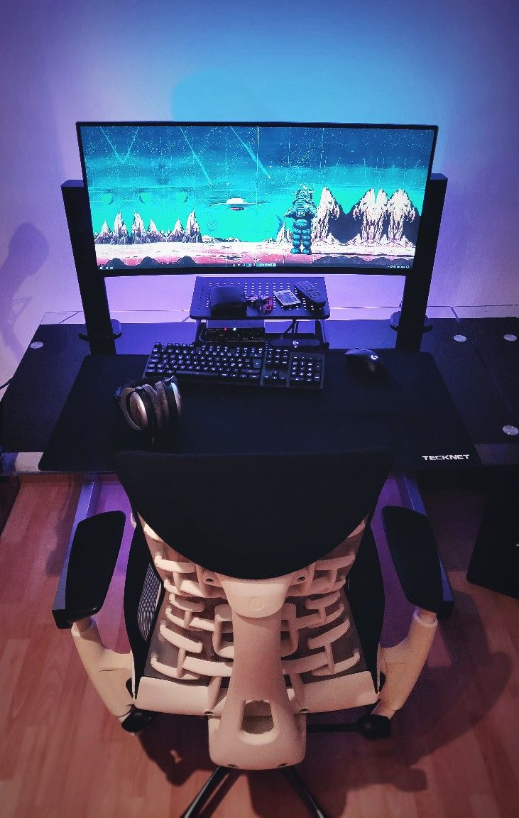 Pin By Isittrendingnow On Apps Gaming Anime Gaming Room Setup