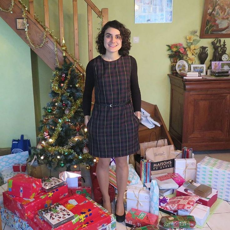 SOIshowoff: a very merry tartan Ultimate Shift Dress