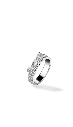 CHANEL - 1932 collection Ring in 18K white Gold and Diamonds. Large version - Chanel Fine Jewelry