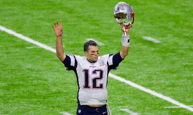 Once again, the NFL's best-selling jersey belongs to Patriots QB Tom Brady = Not only did Patriots QB Tom Brady win the Super Bowl after the 2016 season, but NFL.com's Dan Hanzus recently pointed out that he still has the best-selling jersey in the league. The numbers are compiled around the NFL season, not the calender year, so they run from April 1, 2016 to February 28, 2017. Right below Brady were…..