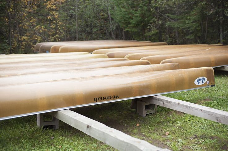 Kevlar canoes make for a lightweight portage experience on your Boundary Waters canoe trip. Tuscarora Lodge and Canoe Outfitters has a selection of tandem, three-person, and even four-person Kevlar canoes from We-no-nah, North Star, and Souris River canoe companies.