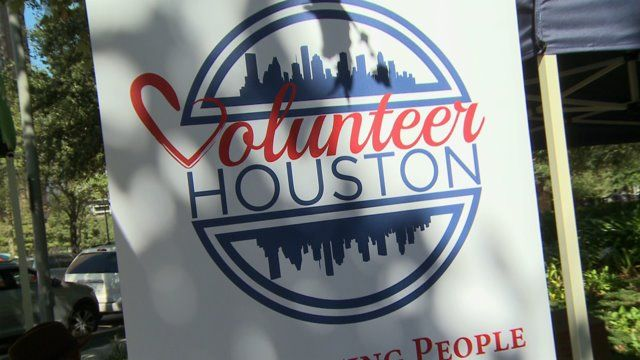 HOUSTON, Tx. - Houstonians joined in on the celebration of Volunteer Houston's 40th anniversary, at Discovery Green. The accompanying volunteer fair helped over 50 non-profit organizations showcase...