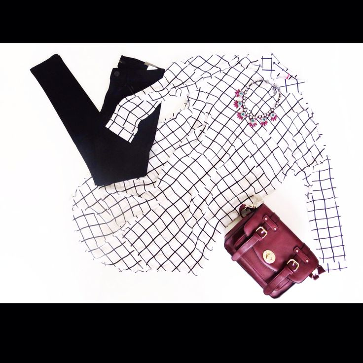 Outfit inspiration  Black skinny jeans  Checked longline shirt Statement necklace  Satchel