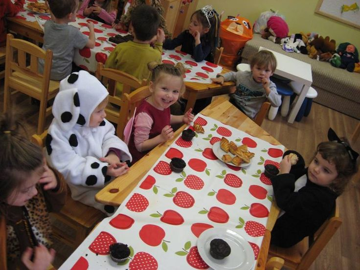 2015. évi házi farsang - Magyar Szentek Római Katolikus Óvoda és Általános Iskola