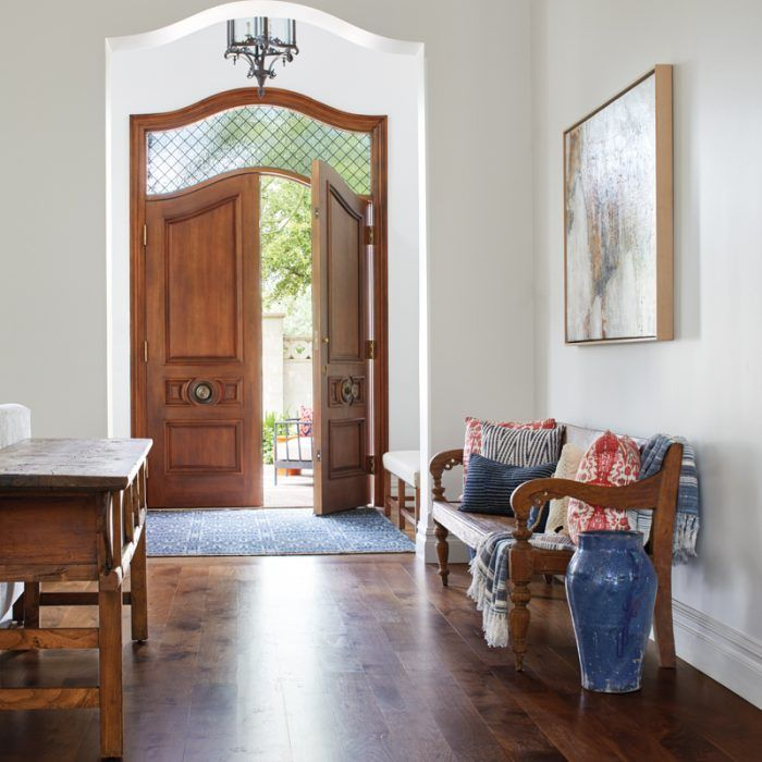 A Design Team Marries Elegance With Livability In An Arizona Home Interior Exterior Doors Luxe Interiors Interior Design