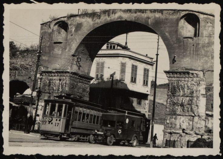 Ποιος πόλεμος; Διασκέδαση! Είναι δυνατόν να ήταν αυτή η Θεσσαλονίκη κατά τη διάρκεια της Κατοχής;