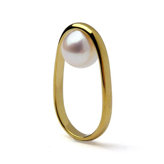 OVERTURN 14k Gold Pearl Ring Gold Pearl Engagement Ring by arosha