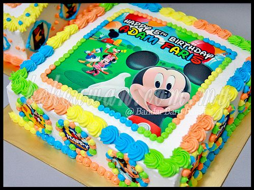 mickey mouse edible images | Moist Choc Cake with Mickey Mouse Edible Image