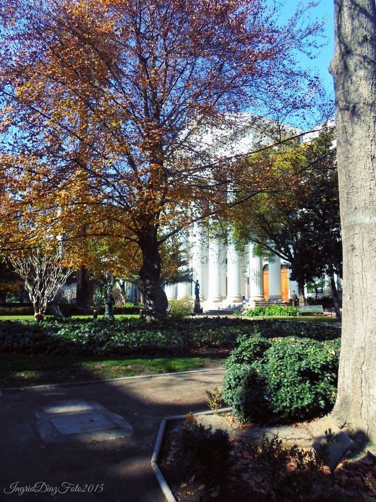 Edificio del ex Congreso Nacional de Chile y Sus Jardines Calle Bandera 46-52, Santiago