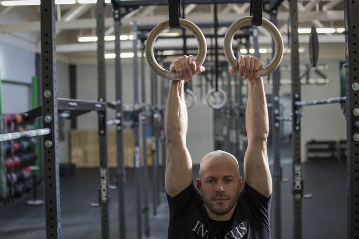 5 Exercises To Help You Strengthen Your False Grip for Muscle-Ups!