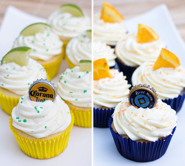 Sweet Tooth: Blue Moon and Corona Cupcakes: Beer Cupcake, Fun Recipe, Cupcake Rosa-Choqu, Desserts Ideas, Coronablu Moon, May 5, Blue Moon Cupcake, Buttons Recipe, Corona Cupcake