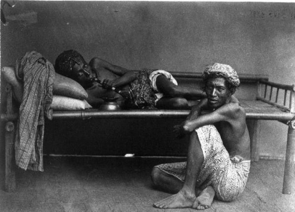 Drug Dens: 10 Urban Underworlds of the Opium Age