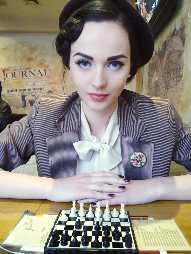 pin-up vintage make-up look (Idda Van Munster)