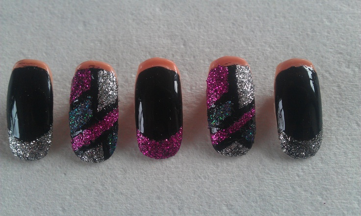 Stained glass with glitter tip mix.