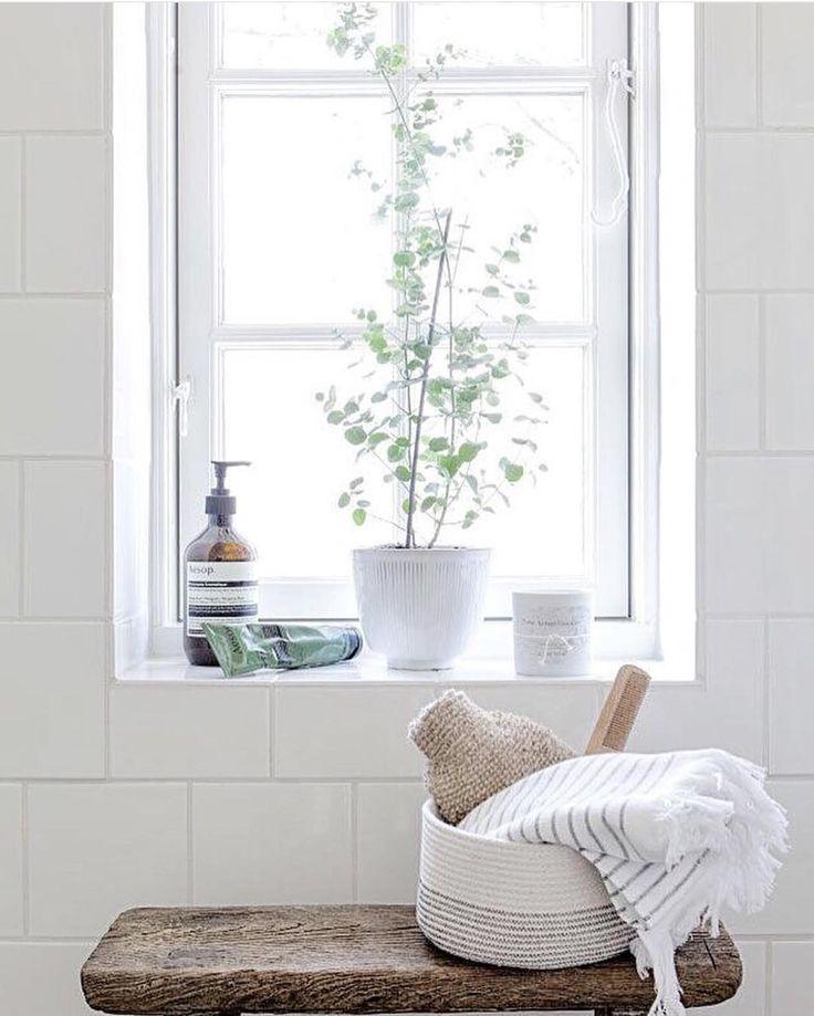 Luxury Bathroom Window Sill Ideas