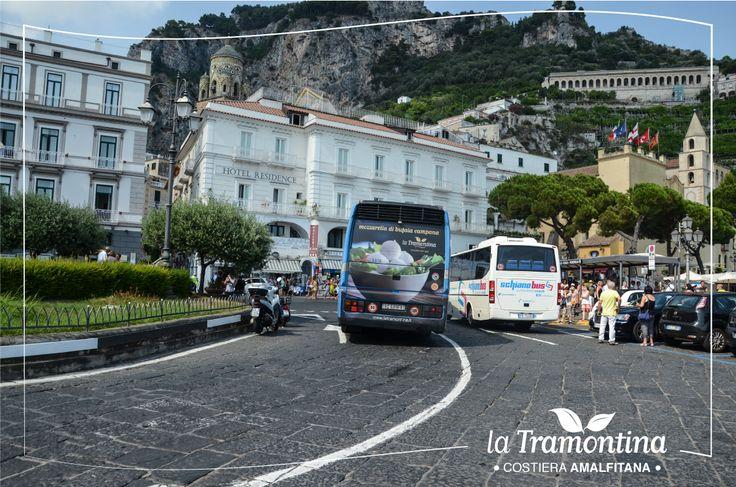 Live from #Amalfi! Segui La Tramontina - Caseificio dal 1952 sugli autobus di linea in #CostieraAmalfitana e scopri un mondo di bontà a base di Mozzarella di Bufala ❤