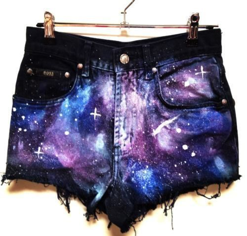 Whoooaaa there's a galaxy in your crotch...not something you hear everyday hahaha ;)
