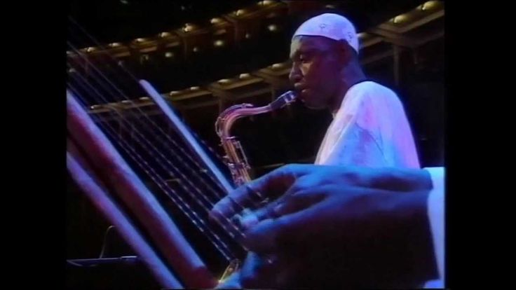 Salif Keita (Feat. Youssou N'dour) ~ The African Prom London 1995