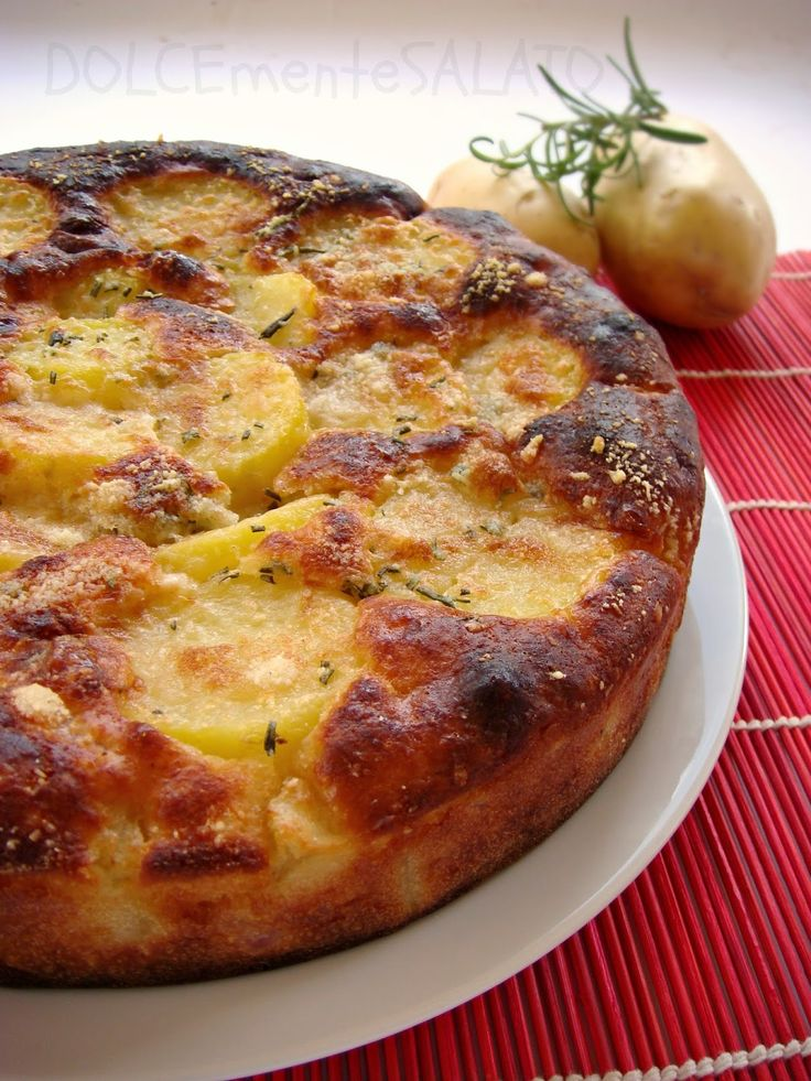 DOLCEmente SALATO: Torta soffice di grano duro, patate e speck