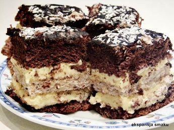 Ciasto Marysieńka to czekoladowe ciasto z orzechową bezą i kremem budyniowym. Jak dla mnie jest to połączenie idealne. Sprawdź przepis!