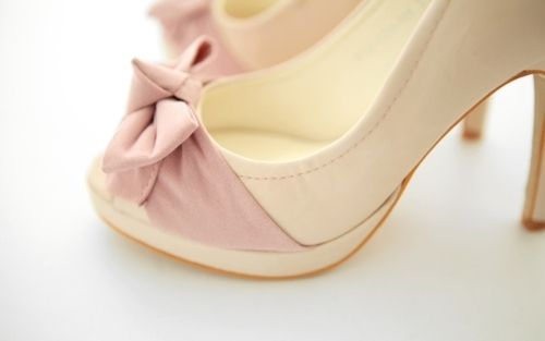 pastel heels bow: Ties Shoes, Nude Shoes, Fashion, Bows Ties, Wedding Shoes, Pink Heels, Peeps Toe Pumps, Pink Ribbons, Pink Bows