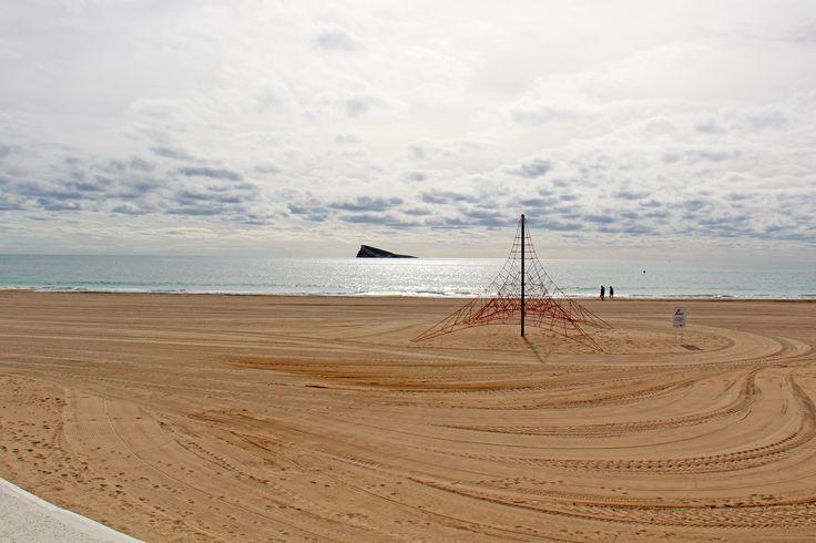 Último día del mes y nosotros nos encontramos en uno de los mejores lugares de Benidorm: LA PLAYITA 🌅 #HotelCarlosBenidorm #HotelCarlosI #HotelBenidorm #Hotel #CostaBlanca #Playa #PlayaBenidorm #CiudadBenidorm #TurismoCostaBlanca #Turismo #Benidorm #Sea #Mediterranean #MediterraneanSea #Beach