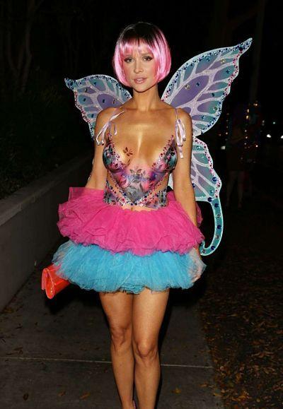 Американская модель Джоанна Крупа выбралась на Halloween Party в Лос-Анджелесе.