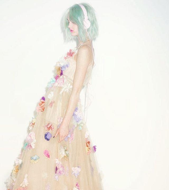 引き続きウエディング。 大好きなケイタマルヤマのドレスに本当にうっとりスタッフ全員が恋した瞬間。美しい服作り。夢。