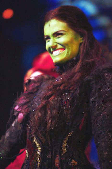 My 1000th pins goes to, of cours, Idina Menzel as Elphaba <3 The original and the best.