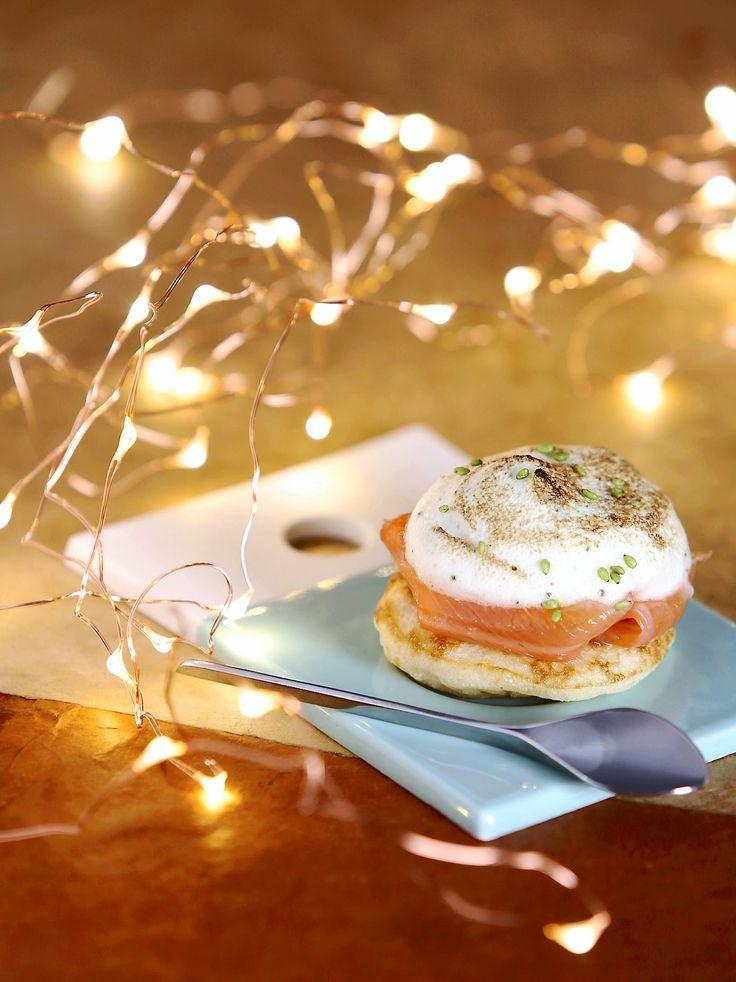 Tapas en fête ! Une recette qui redonne un coup de frais au classique blini-saumon fumé...