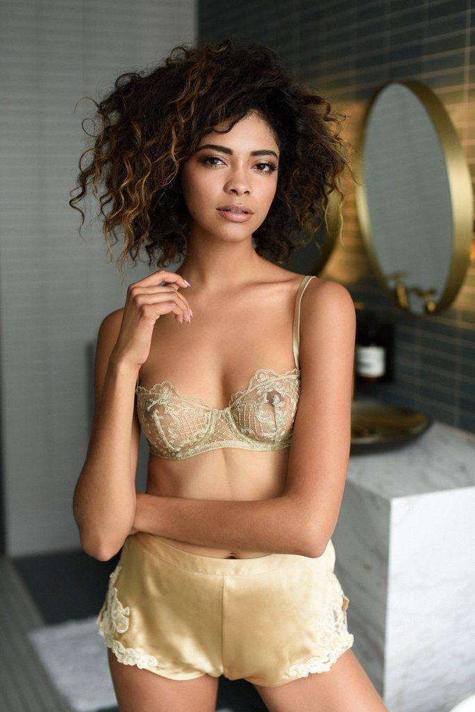 I.D. Sarrieri Accord Privé bra featured by Teddies for Bettys