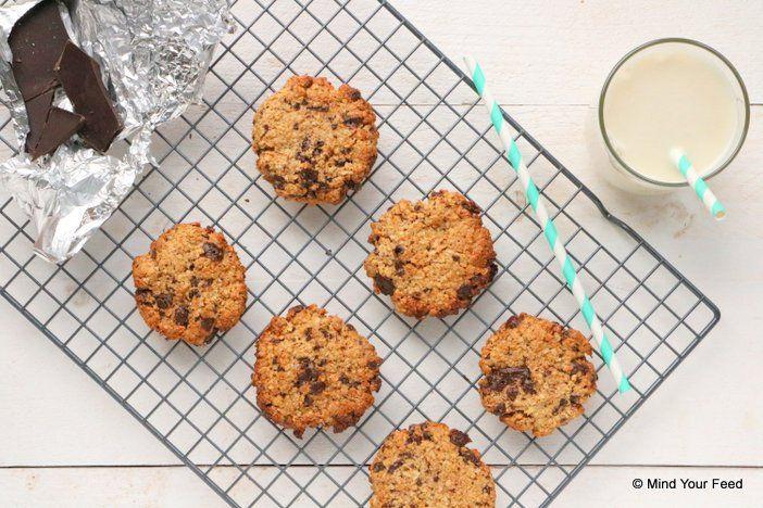 Zin in iets lekkers, makkelijk en snel? Deze havermout koekjes met pindakaas en chocola zijn echt onweerstaanbaar! En bestaan uit hele pure ingredienten.