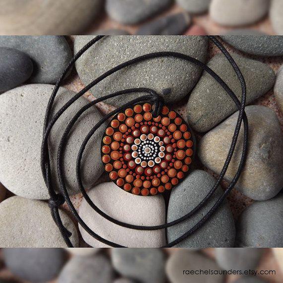 Arte aborigen de punto tierra diseño collar de por RaechelSaunders