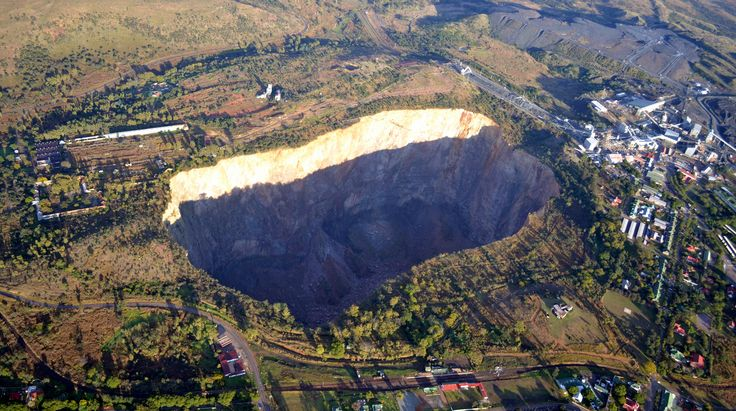 That other big hole - Cullinan Diamond Mine The mine rose to prominence in 1905, when the Cullinan Diamond — still the largest rough diamond of gem quality ever found — was discovered here. It is also the only significant source of blue diamonds in the world.