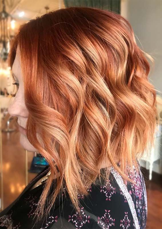Are You Searching For Latest Hair Colors To Show Off In This Year If Yes Then Must Try This Red Hair With Blonde Highlights Short Hair Highlights Hair Styles