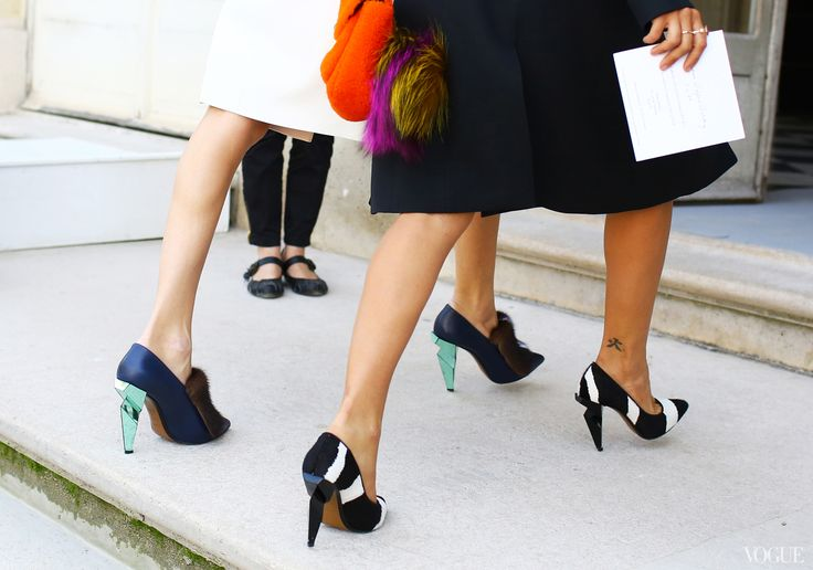 Street Style: Paris Fashion Week Spring 2014 - Vogue Daily - Fashion and Beauty News and Features