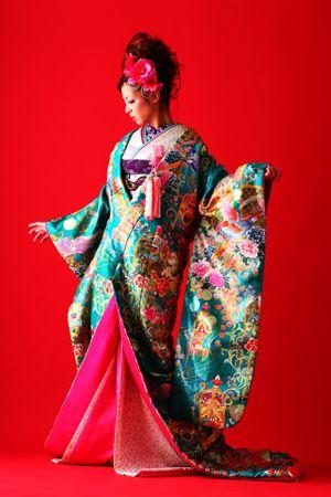 JAPANESE KIMONO 結婚写真、記念撮影のホワイトベル豊橋 フォトグラファー