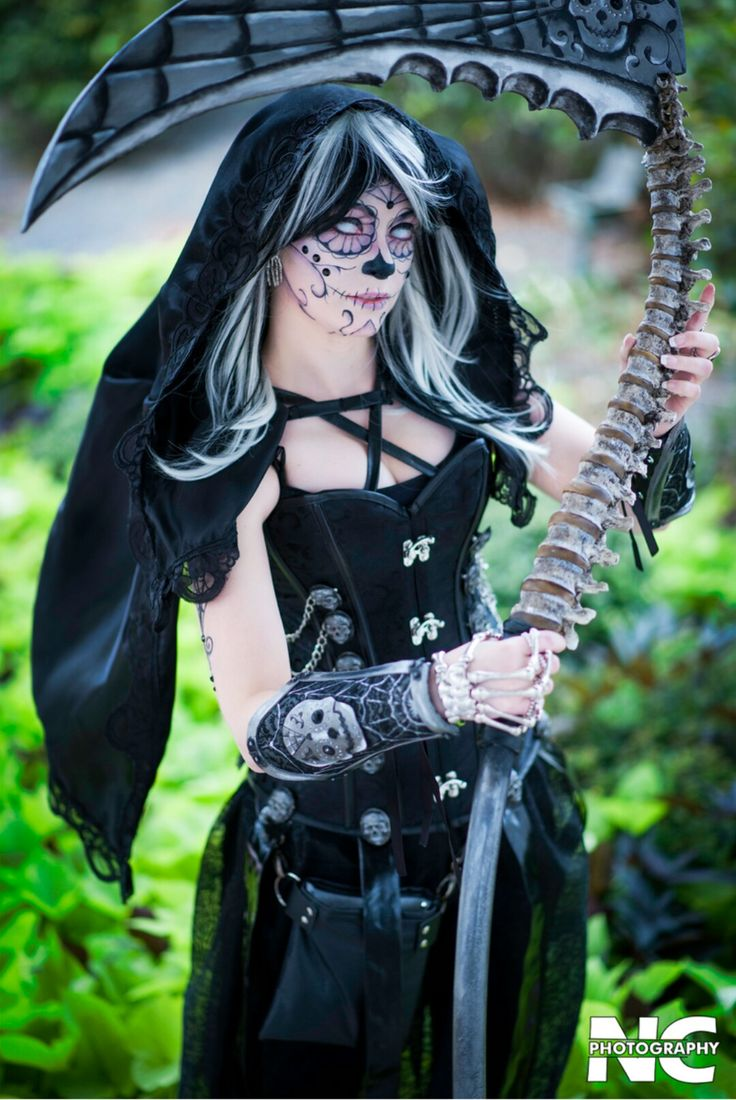 The 25+ best Grim reaper costume ideas on Pinterest | Grim reaper ...