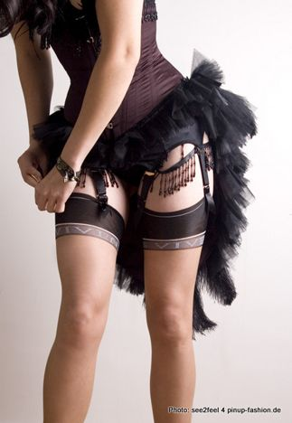 Must learn to burlesque. Such a fun stunning sexy show!: Fashion, Lingerie, Halloween Costumes, Corsets, Black Swan, Burlesque Costumes, Costumes Halloween, Halloween Ideas, Garter Belts