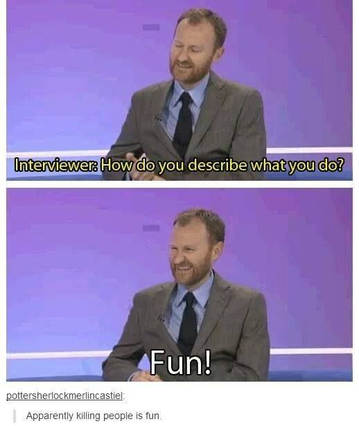 Mark Gatiss is one of my heroes!!! He's so great and evil ^^