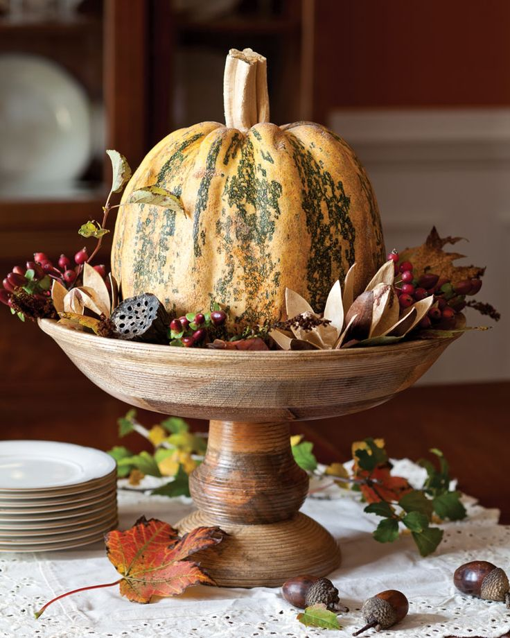 Center of Attention- Tabletop Pumpkin Displays Six Ways