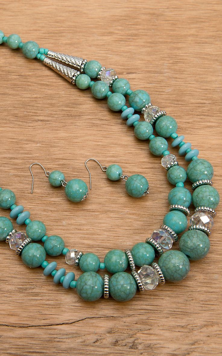 Wear N.E. Wear® Turquoise, Crystal and Silver Bead Necklace Jewelry Set ARRANGEMENT OF BEADS