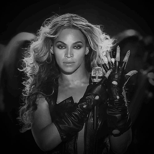 Top 9 Beyonce Bowl GIFs And Other Wacky Super Bowl Moments – | VH1 Tuner