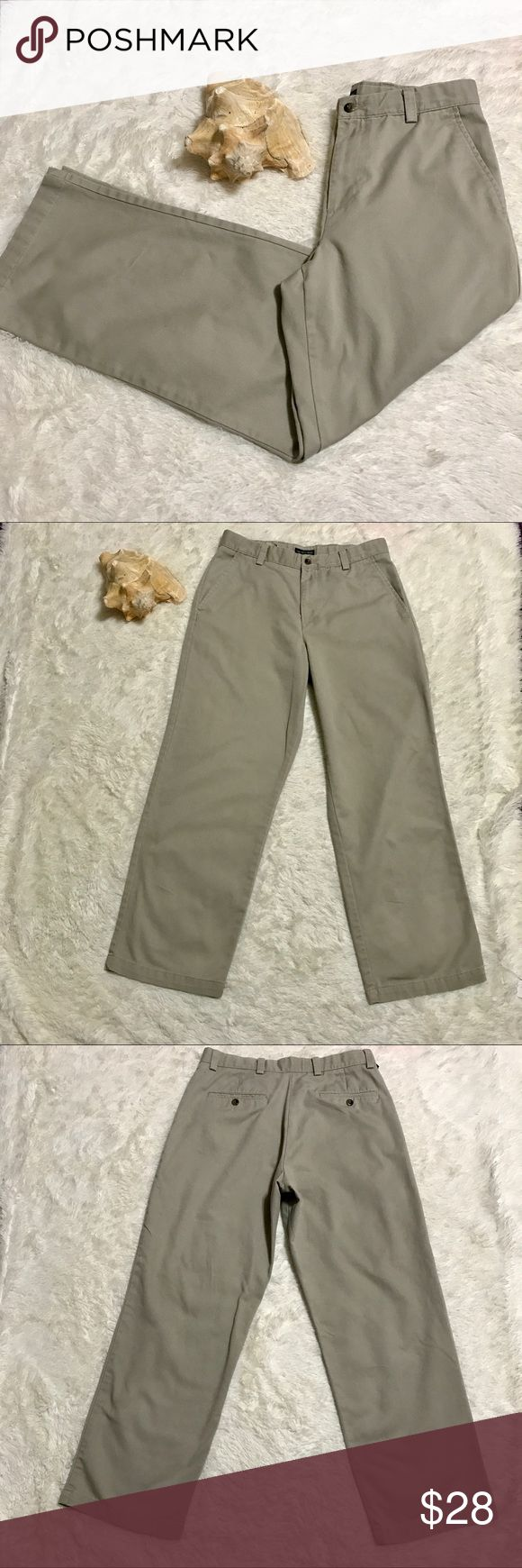 ⛵️ Men's Dockers Recode ⛵️ Men's Dockers Recode   32 x 30   Khaki Color  The back pockets are button closure and can also be worn for a Dressy Casual look  No Trades   #209 Dockers Pants Dress