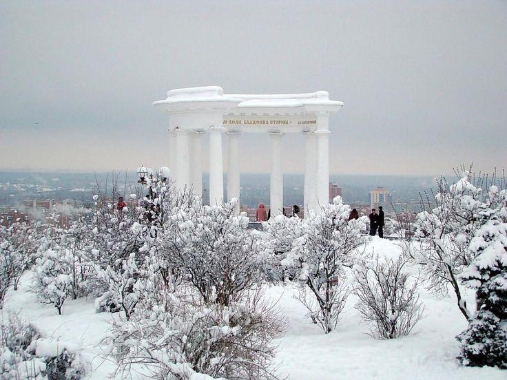 Полтава Белая беседка зимой