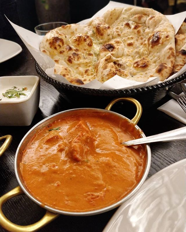 In With The Butter Chicken From Tipusultanleicester Accompanied With A Fresh Butter Nan Only The Leicester Branch Is Full Halal Recipes Food Butter Chicken
