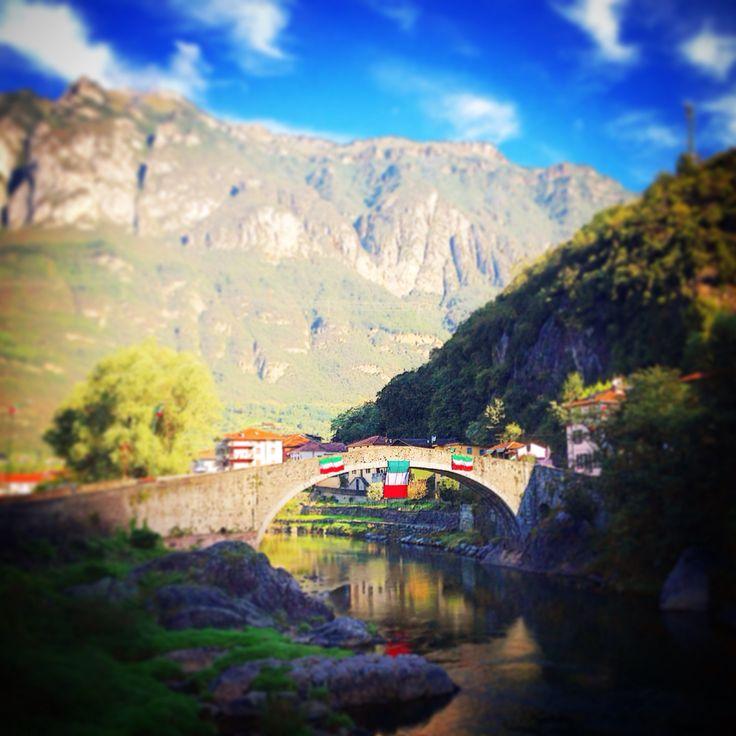 Il ponte vecchio di Montecchio .. In onore della prima adunata sezionale degli Alpini
