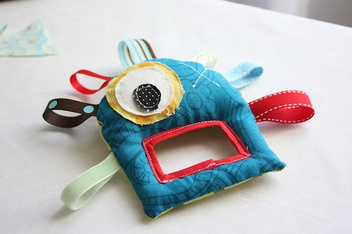 Nellys eggs blogspotSewing Toys, Gift Ideas, Diy Tutorials, Baby Toys, Kids, Little Monsters, Monsters Baby, Baby Stuff, Crafts