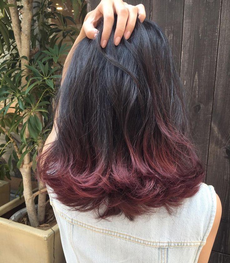 毛先にバーガンディレッドで遊びを効かせたスタイル #RISEL#RISELスタイル#hair#mode#ヘアカラー#fashion#グレージュ#ピンクカラー#グラデーションカラー#ハイライト